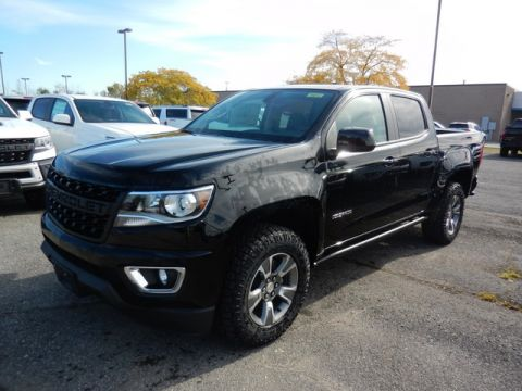 New 2019 Chevrolet Colorado Z71 CREW SH BOX